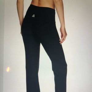 Reebok Straight Highrise workout pants NWT